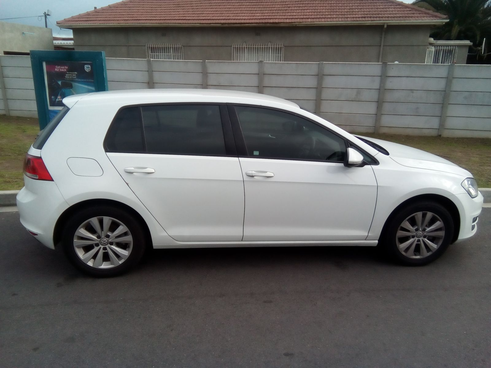 autonet helderberg golf 7 my16 golf vii 1 4 tsi comfortline dsg. Black Bedroom Furniture Sets. Home Design Ideas