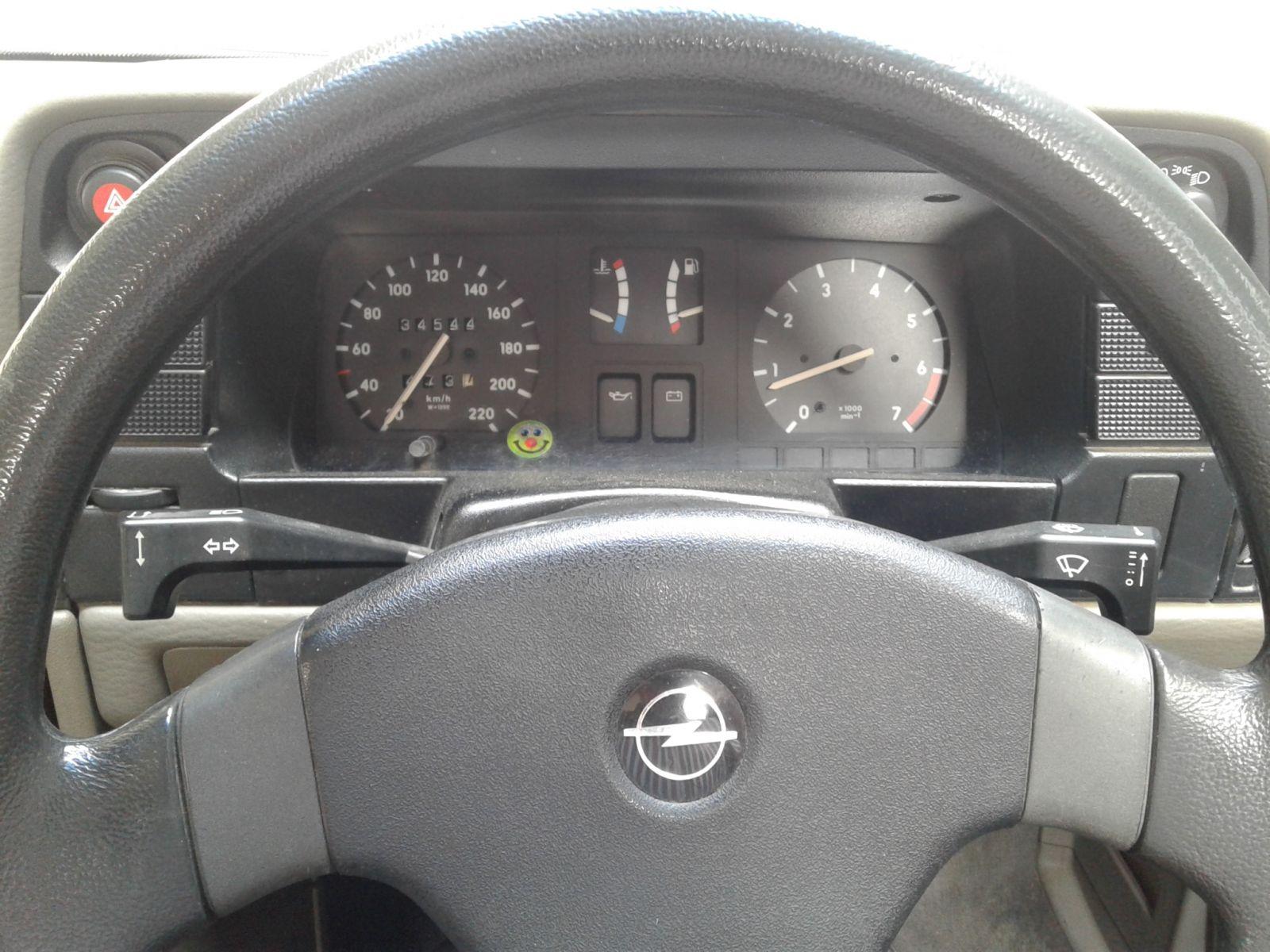 1992 OPEL MONZA MONZA 160 CLS