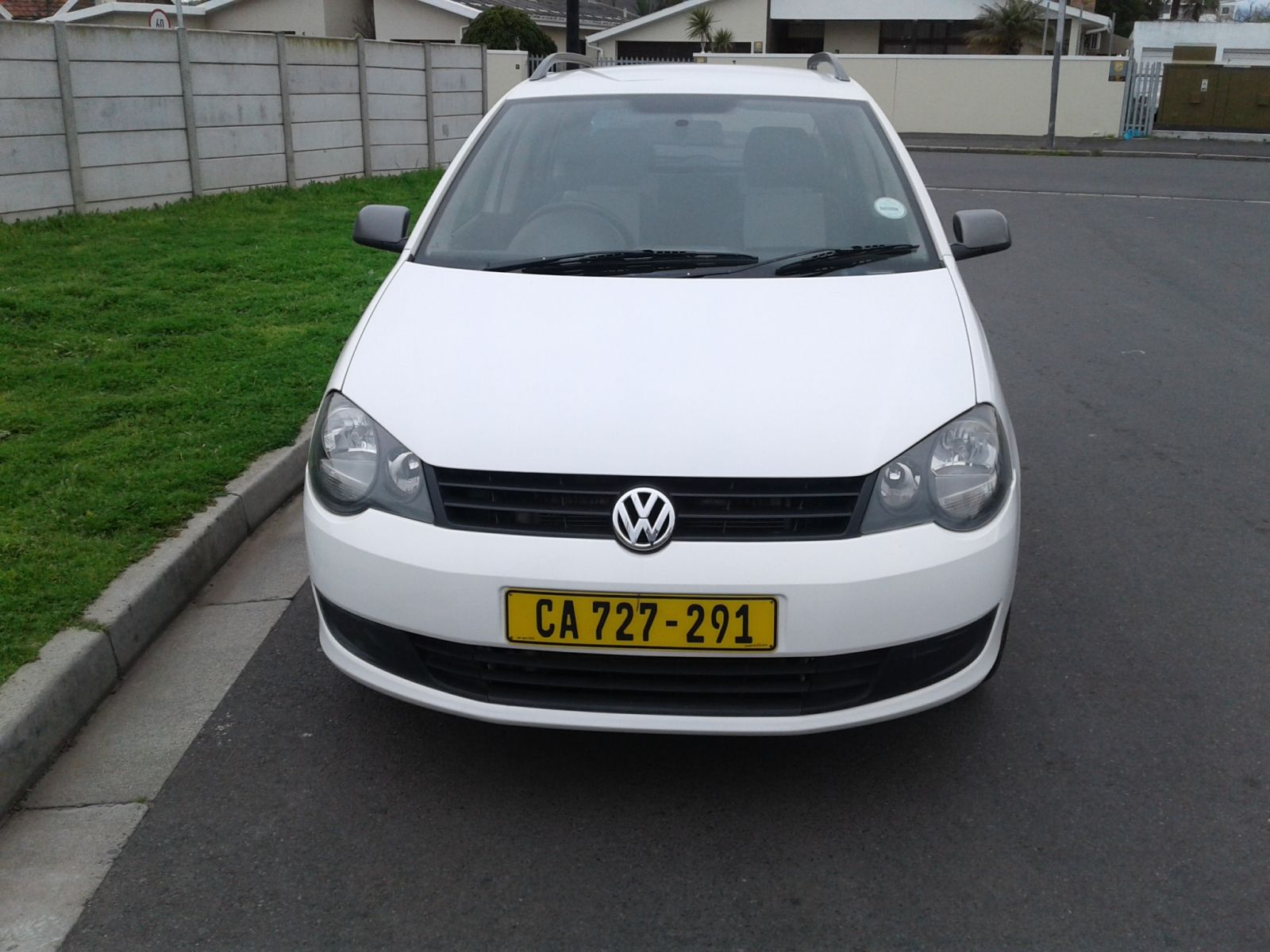 2014 VOLKSWAGEN POLO VIVO HATCH POLO VIVO 1.6 MAXX 5DR